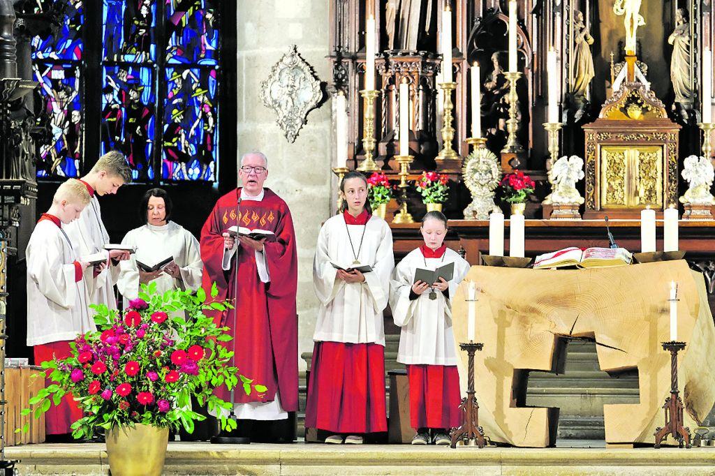 Feierlicher Pfingst-Gottesdienst im Heilig-Kreuz-Münster
