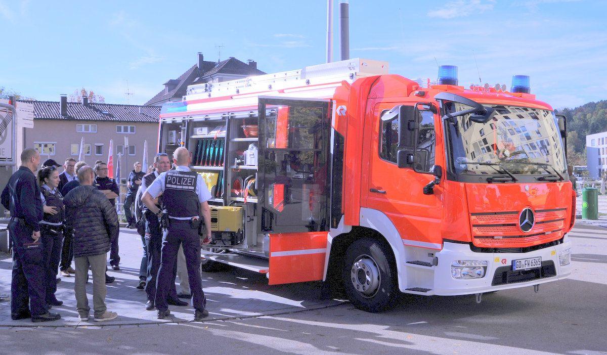 Beim Tag der Kulturen: Neues Großdeinbacher Feuerwehrfahrzeug ist ein Hingucker
