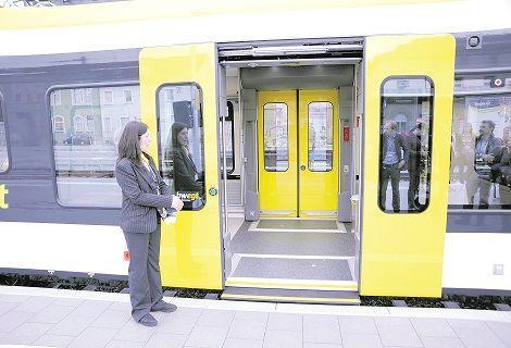 Ersatzverkehr auf der Strecke zwischen Schwäbisch Gmünd und Schorndorf - Rems-Zeitung