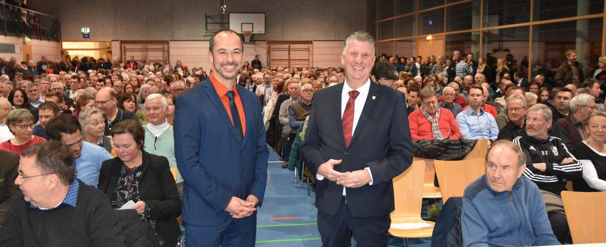 Bürgermeisterwahl in Alfdort: Zwei von drei Kandidaten stellten sich vor